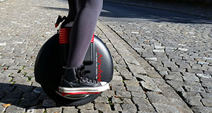 Patinete monociclo eléctrico